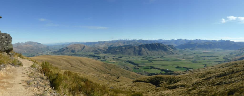 Panoramic Views of Mataura Valley, Welcome Rock trail